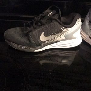 buy online 2842c 4aad7 Nike Shoes - Nike lunarglide 7 girl shoes. Youth size 4.5